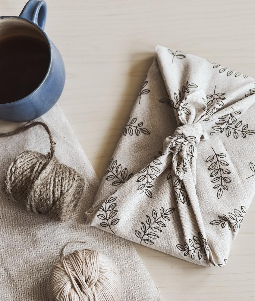 DIY Geschenktuch binden mit der Furoshiki Tradition