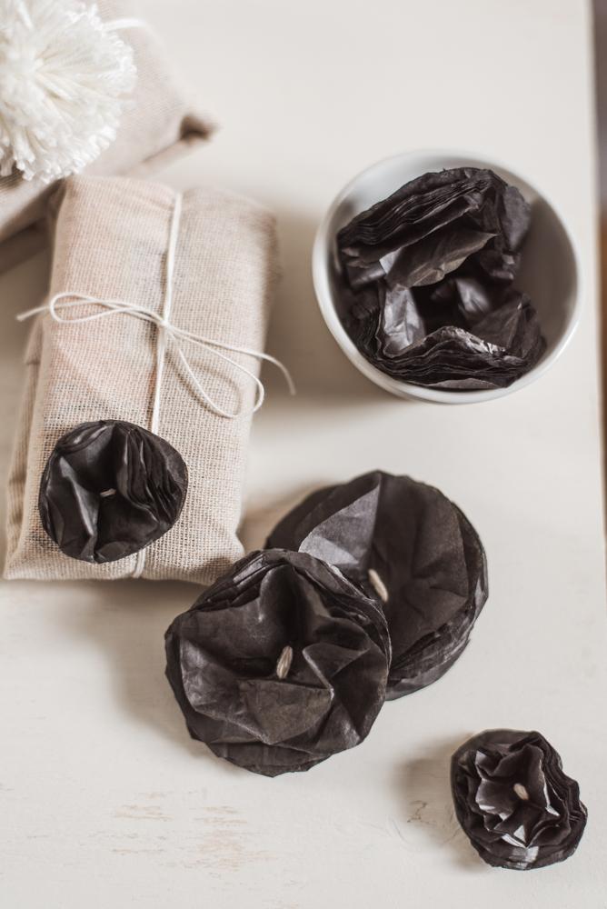Nachhaltige Oster-Deko: 6 Zero Waste DIY-Ideen - aus wenigen Materialien könnt ihr natürlich Deko für Ostern und Frühling selber machen. #diy #zerowaste #ostern