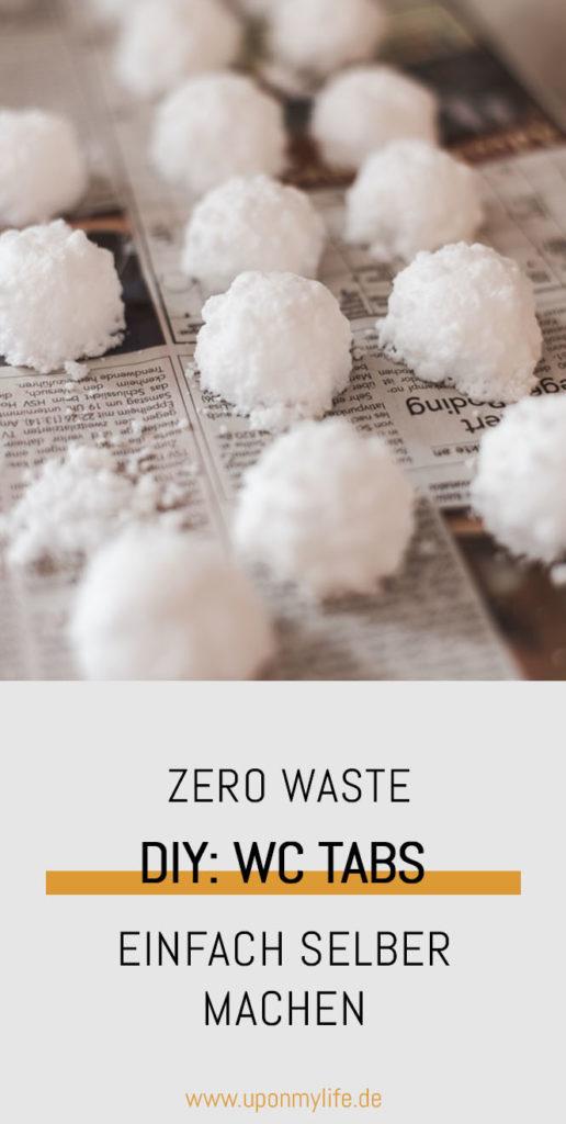 Zero Waste DIY: WC Tabs selber machen - nichts leichter als das. In wenigen Minuten könnt ihr selber WC Tabs herstellen und euer WC wochenlang sauber halten #zerowaste #diy #bad