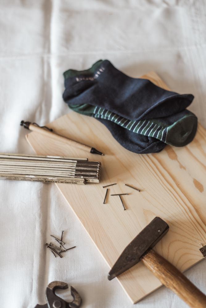 Zero Waste DIY Tawashi: Einfacher Upcycling Schwamm aus alten Socken - so einfach gehts! Socken weiterverwenden und als Schwamm nutzen #tawashi #schwamm #upcycling