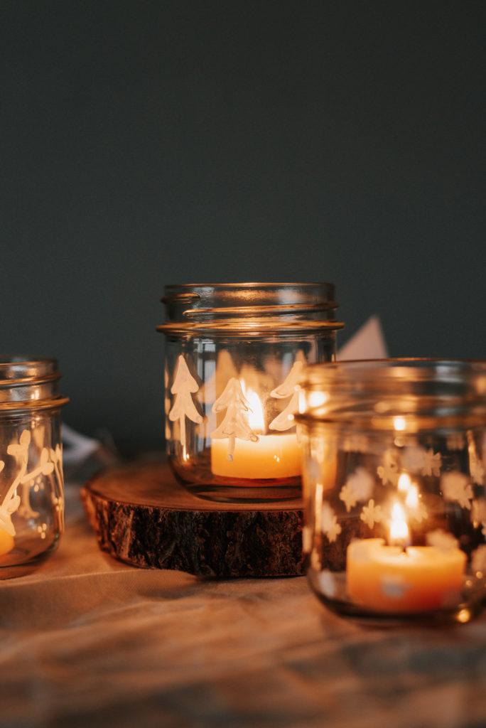 DIY Windlichter aus Vorratsgläsern einfach selber machen. Nachhaltige weihnachtliche Deko für euer gemütliches Zuhause in der Adventszeit