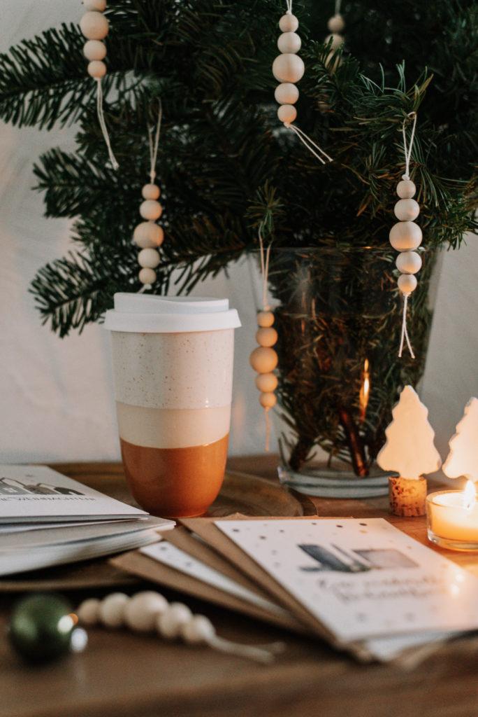 10 nachhaltige Geschenkideen zu Weihnachten habe ich für euch zusammengestellt, da ist für jeden etwas dabei! So einfach nachhaltig schenken!