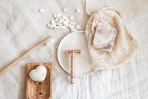 Mit diesen 15 Tools verwandelt ihr euer Bad in ein Zero Waste Bad. Was ihr dafür braucht? Ich zeige es euch und teile meine Erfahrung