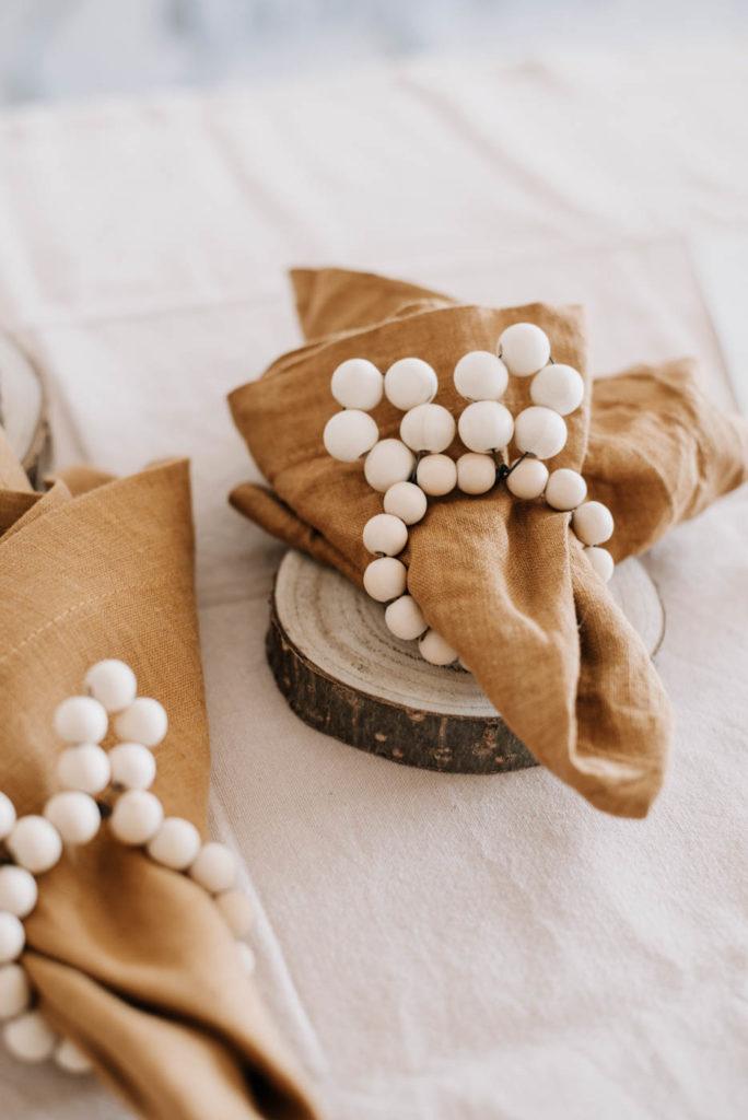 Serviettenringe selber machen. Einfaches DIY für Ostern. Nachhaltige Upcycling Deko für euren Ostertisch zum Osterbrunch selbstgemacht
